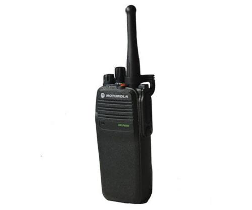 摩托罗拉XiR P8200/P8208对讲机